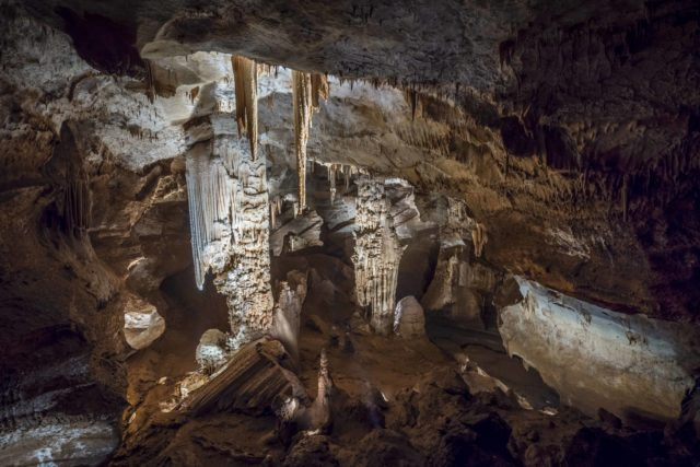 Anecat Grottes de France Aven Orgnac Ardèche