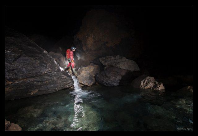 immersion dans les grottes de France. visite virtuelle grotte de la verna