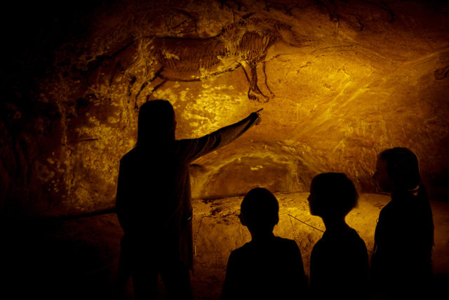 médiation Anecat Grottes de France grotte préhistorique de Niaux_grotte d'Ariège