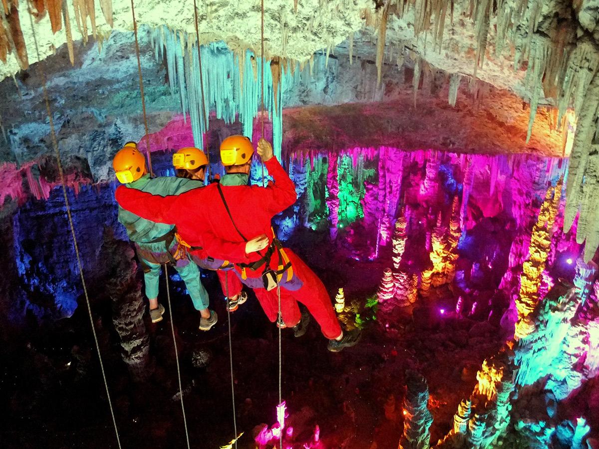 autour des grottes activité grand-rappel_salamandre