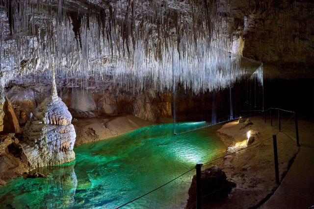 Isére Anecat Grottes de France Iséregrotte de choranche